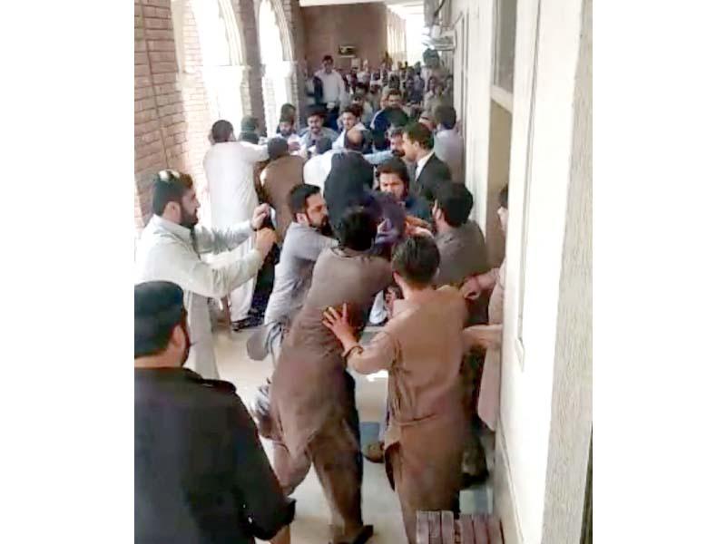 zangi khan bhangi khan groups clash in court over blood feud