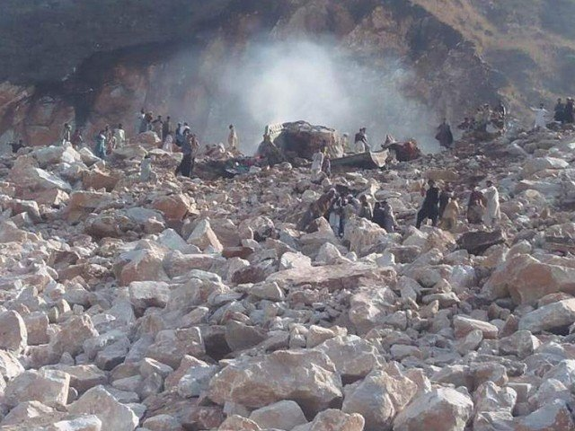 death toll of mohmand landslide reaches 17