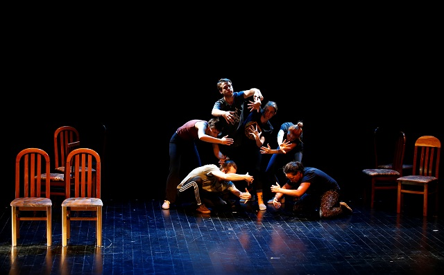 """Actors perform in the """"U ime oca"""" (""""In the name of the father"""") theater performance during rehearsal at Sarajevo War Theatre (SARTR) in Sarajevo, Bosnia. PHOTO: REUTERS"""