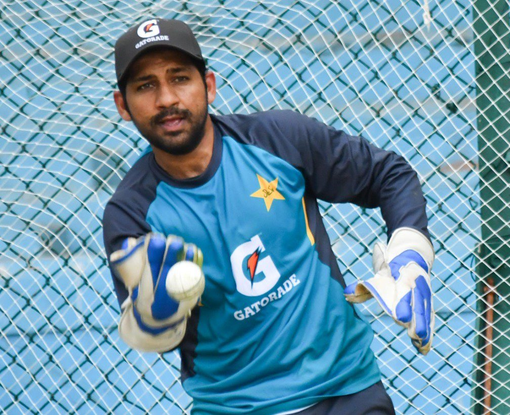 tests fine why t20is twitter reacts to sarfaraz s sacking