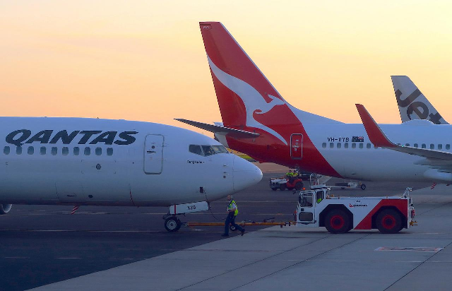 longest non stop passenger flight arrives in sydney