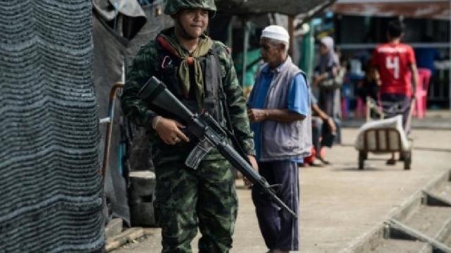 muslims in thai south mark 15 years since tak bai massacre