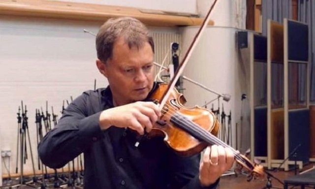 310 year old violin worth 320 000 returned to its owner
