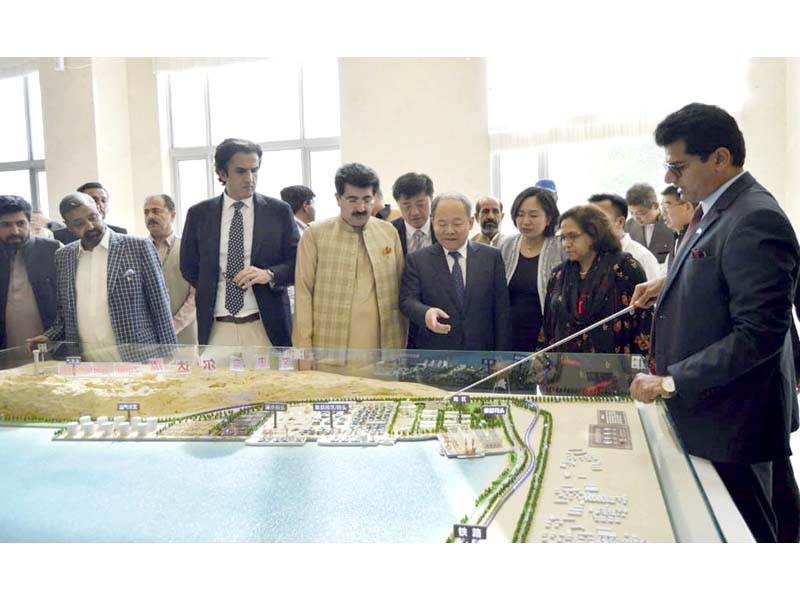 Senate Chairman Sadiq Sanjrani examines the free zone model in Gwadar. PHOTO: NNI