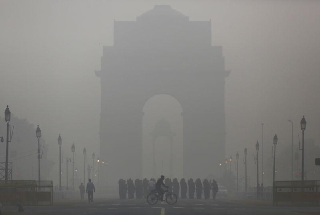 smog-in-new-delhi-photo-reuters