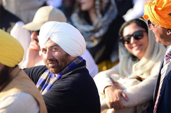 sunny deol overwhelmed with all the love he received in pakistan