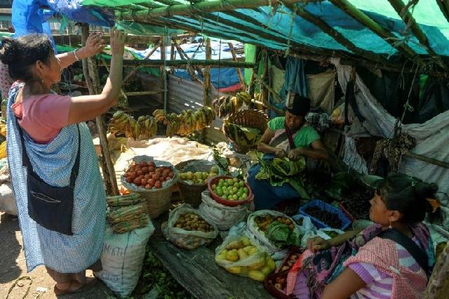 indian rural demand slumps to four decade low media