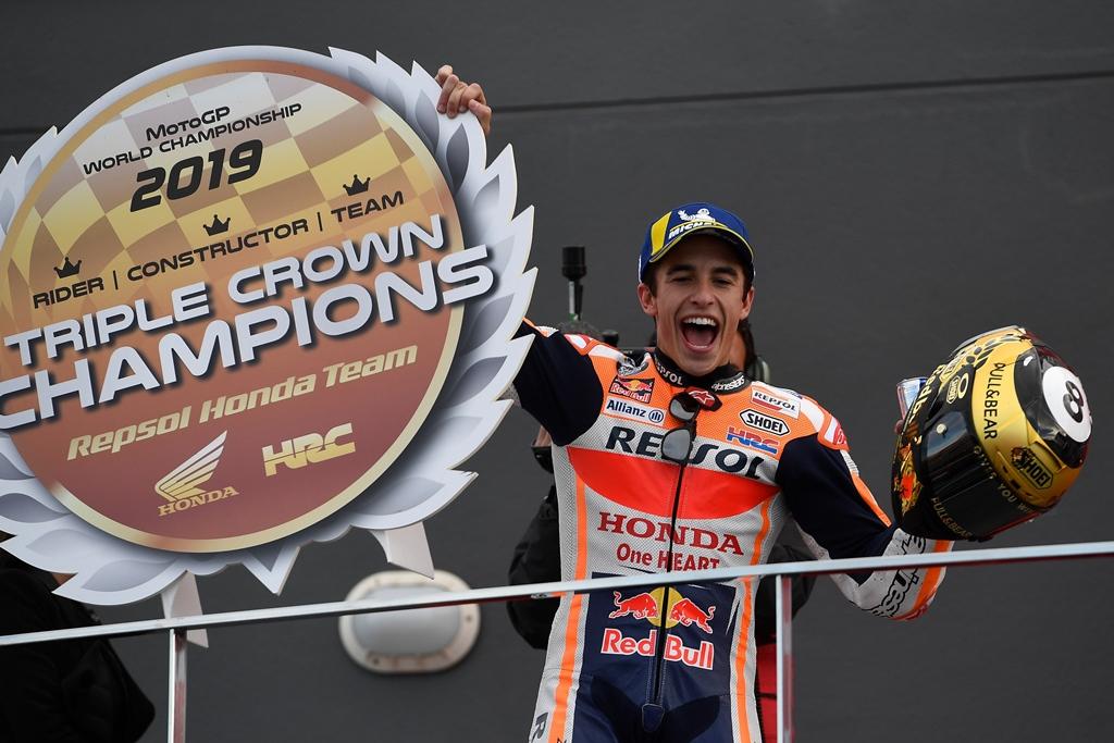 marquez wins season ending motogp
