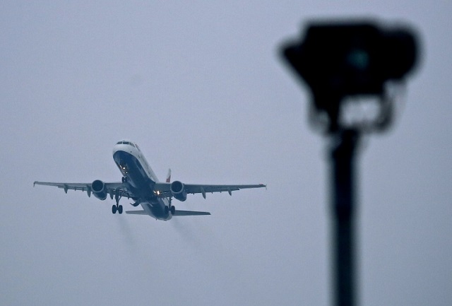 airlines fuel practices feed doubts over climate commitment