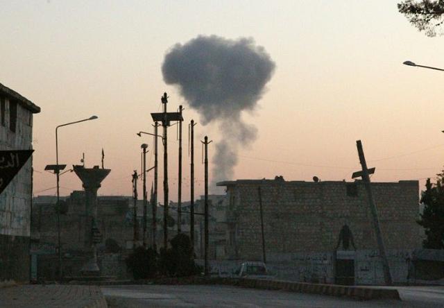 russia air raids regime strikes in syria kill at least 21 monitor