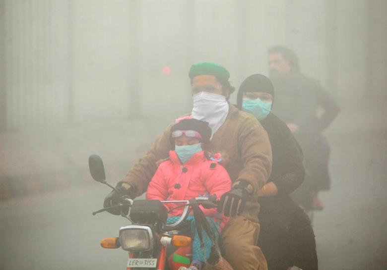 amnesty international urges urgent action against smog in lahore