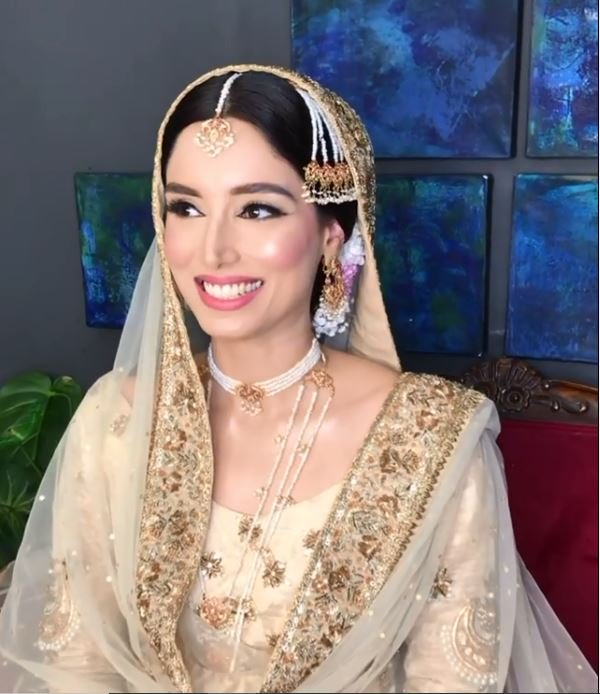 sports commentator zainab abbas ties the knot