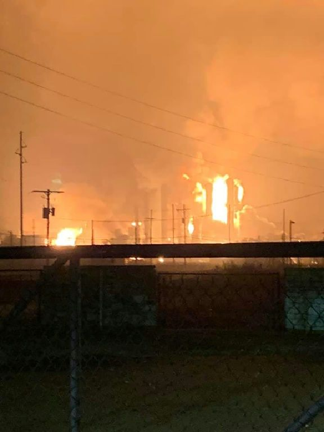 large explosion rocks texas chemical plant