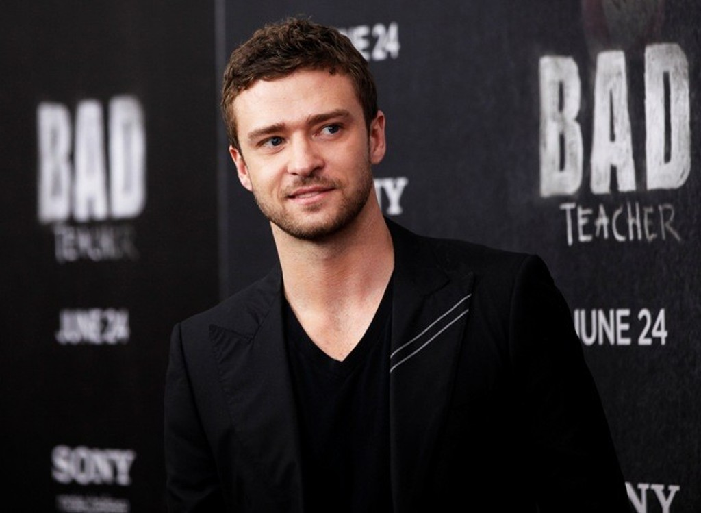 justin timberlake publicly apologises to wife son for affair rumours