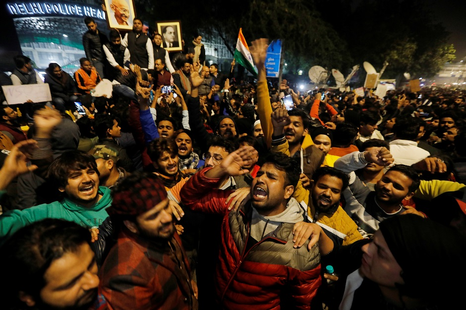 in pictures clashes erupt in delhi over citizenship law