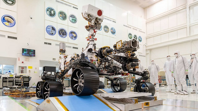 nasa s mars 2020 rover completes first driving test