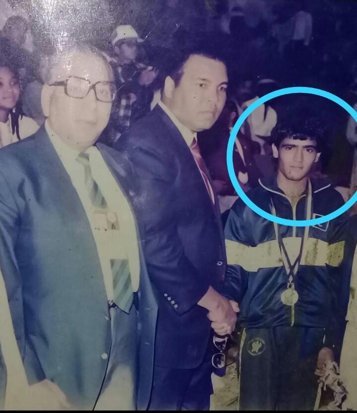 dying in oblivion 1989 sag gold medallist boxer qumbrani laid to rest in lyari