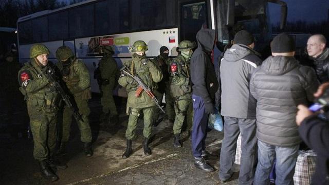 ukraine separatists say to swap prisoners with kiev sunday