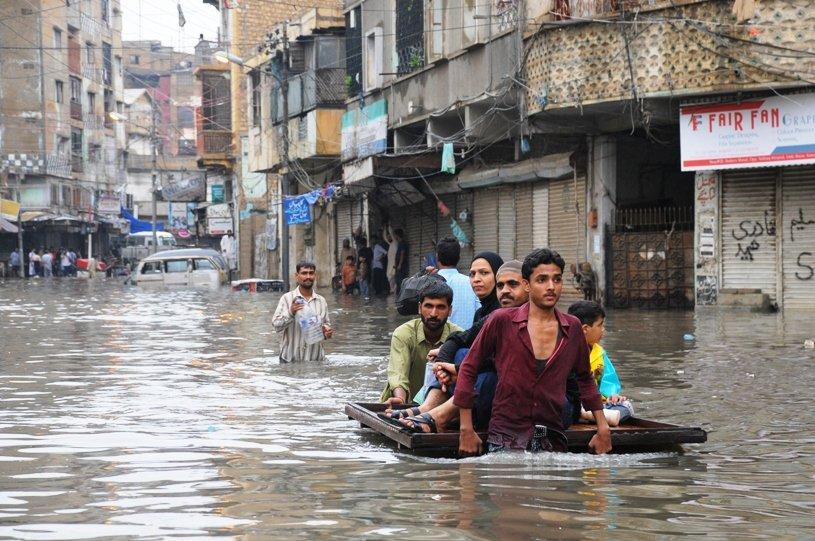 light rain expected in karachi