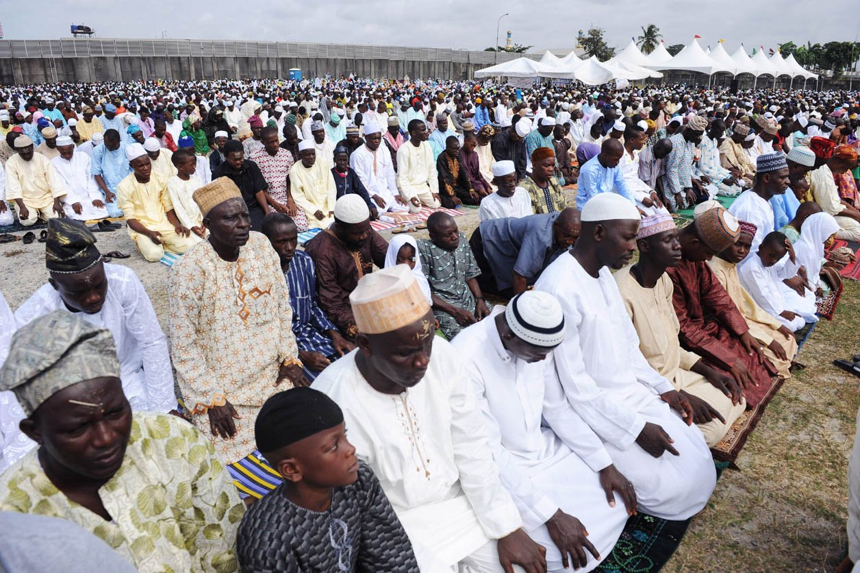 oman minister seeks to promote educational ties