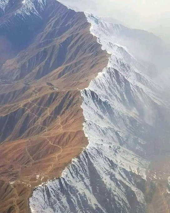 aerial view of chiltan mountain after yesterday s snowfall on quetta side of the mountain photo charnushah twitter