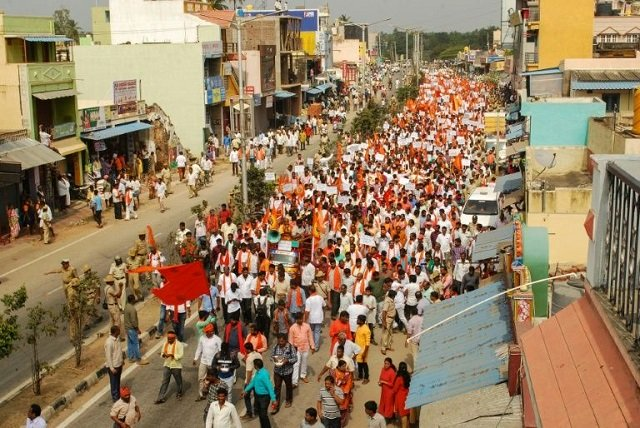 hardline hindus protest huge indian jesus statue