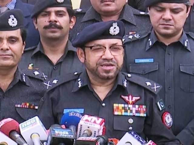 sindh government requests immediate transfer of police chief
