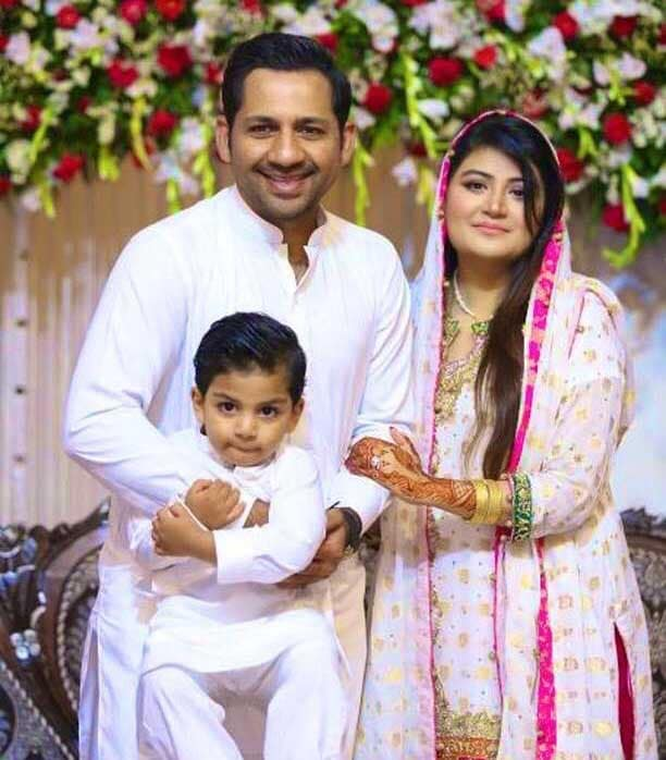sarfaraz ahmed and wife welcome a baby girl