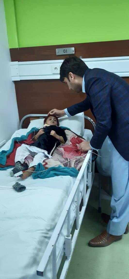 destitute mother abandons ailing child at torkham border