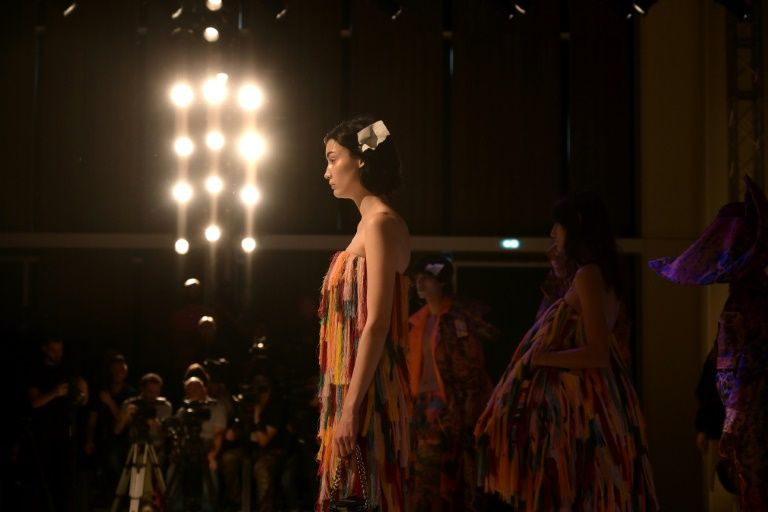 coronavirus forces chinese buyers to desert european fashion events