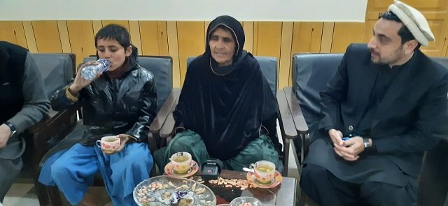 kainat s grandmother cousin say pakistan has won the hearts of afghan people photo express