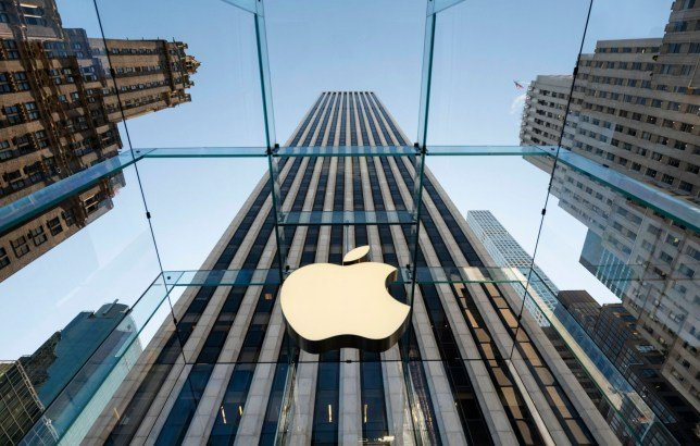 france fines apple for slowing down old iphones