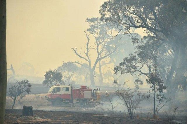 wild weather as cyclone storms lash australia
