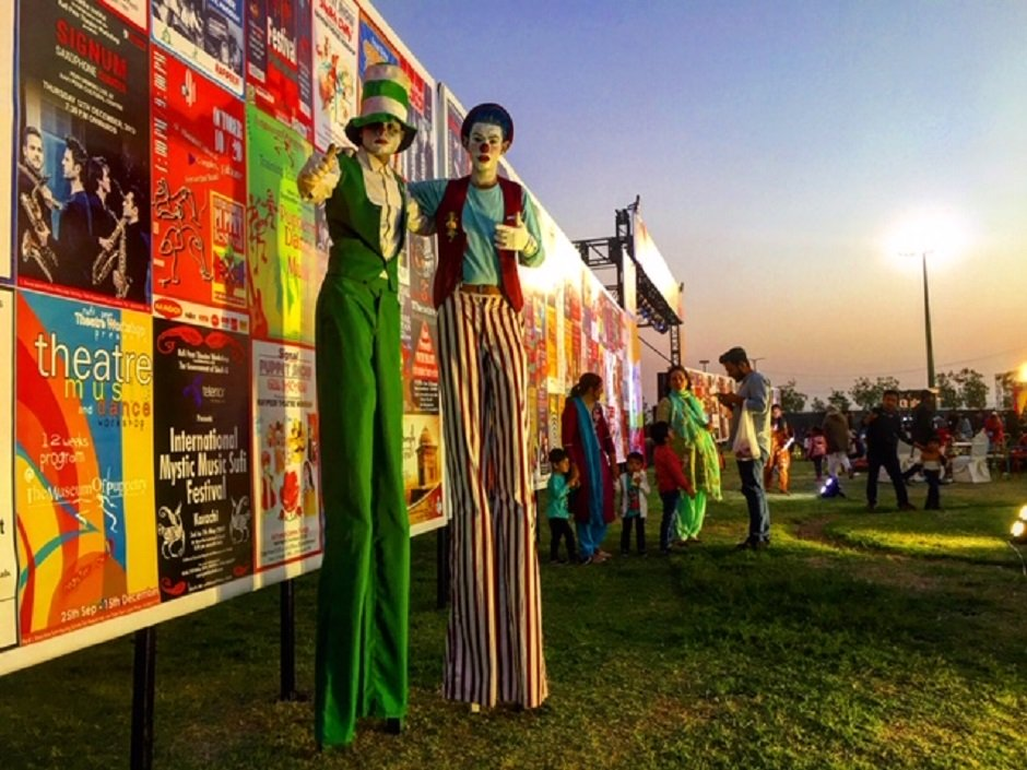 in pictures rafi peer festival brings puppets to life in karachi