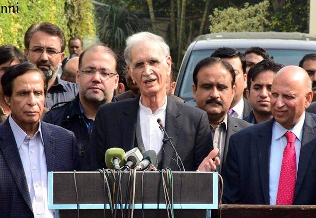 Pervaiz Elahi, Pervez Khattak say all misunderstandings have been removed between two allies. PHOTO: NNI