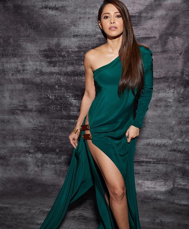 nushrat bharucha defends her risque filmfare dress