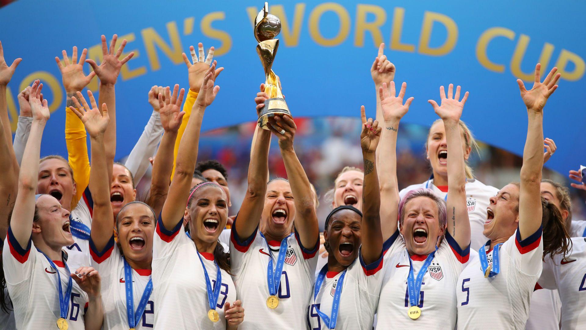 men s team blasts us soccer backs women s equal pay fight