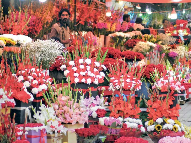 florists hope for a windfall on valentine s day