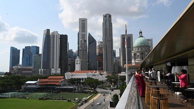 singapore orders anti govt website to warn readers of falsehoods