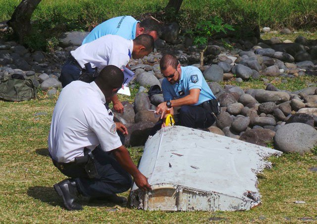 malaysia suspected mh370 downed in murder suicide aussie ex pm