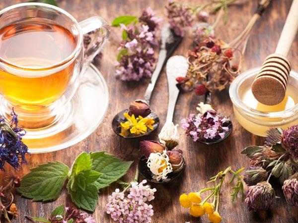 6 herbal teas that reduce the risk of chronic diseases