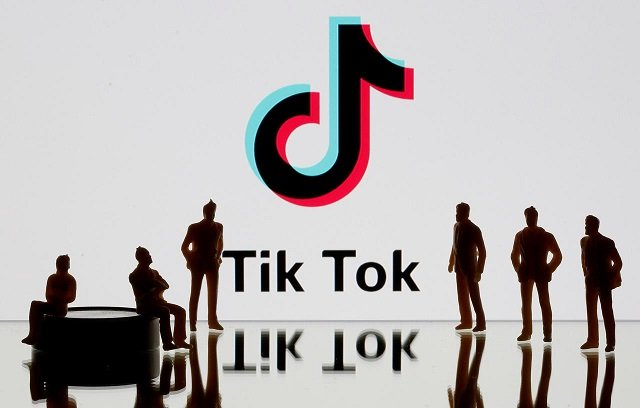 us senator moots ban on tiktok for federal workers citing chinese government ties