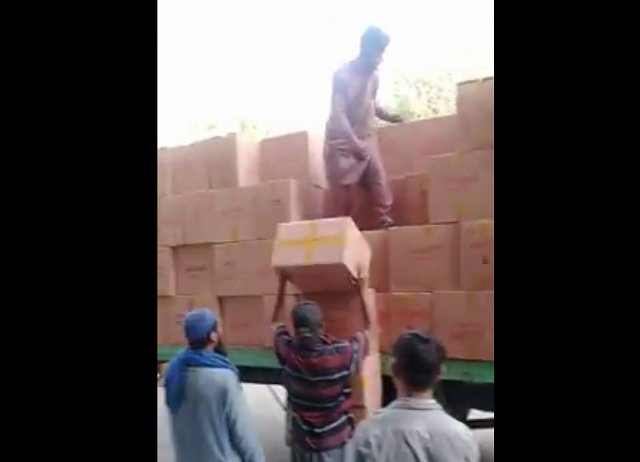 fbr seizes smuggled cigarettes worth rs80m from karachi warehouse