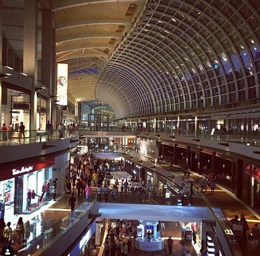 marina bay sands shopping mall photo niha dagia