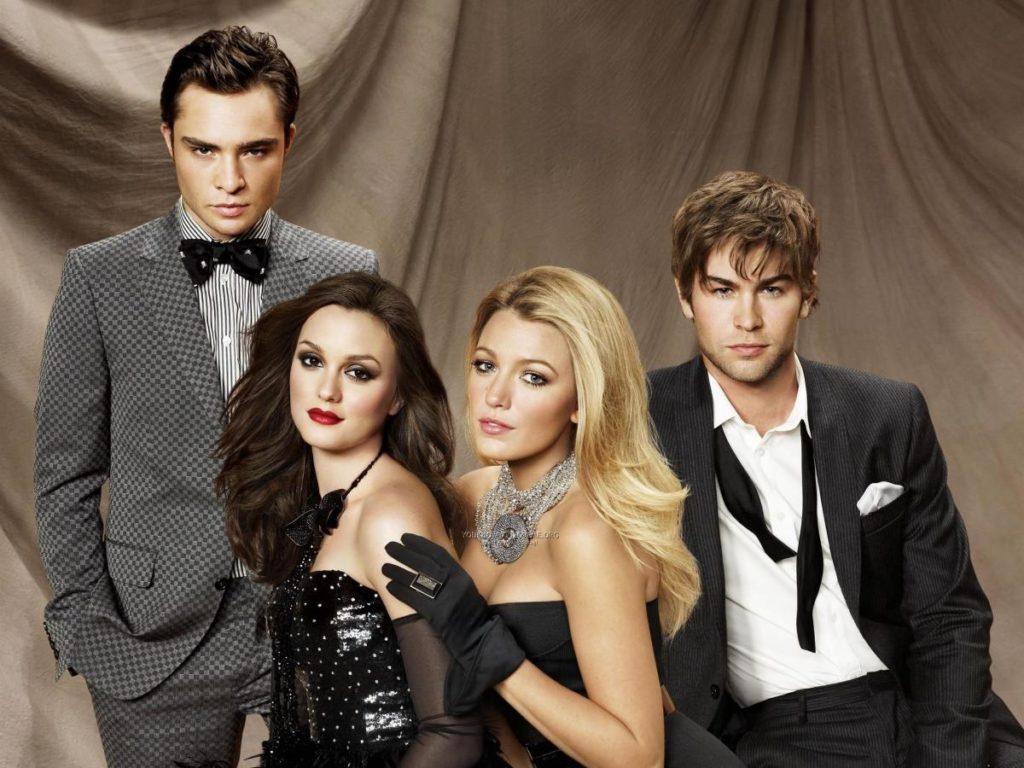 gossip girl icons serena blair return as reboot reveals new cast