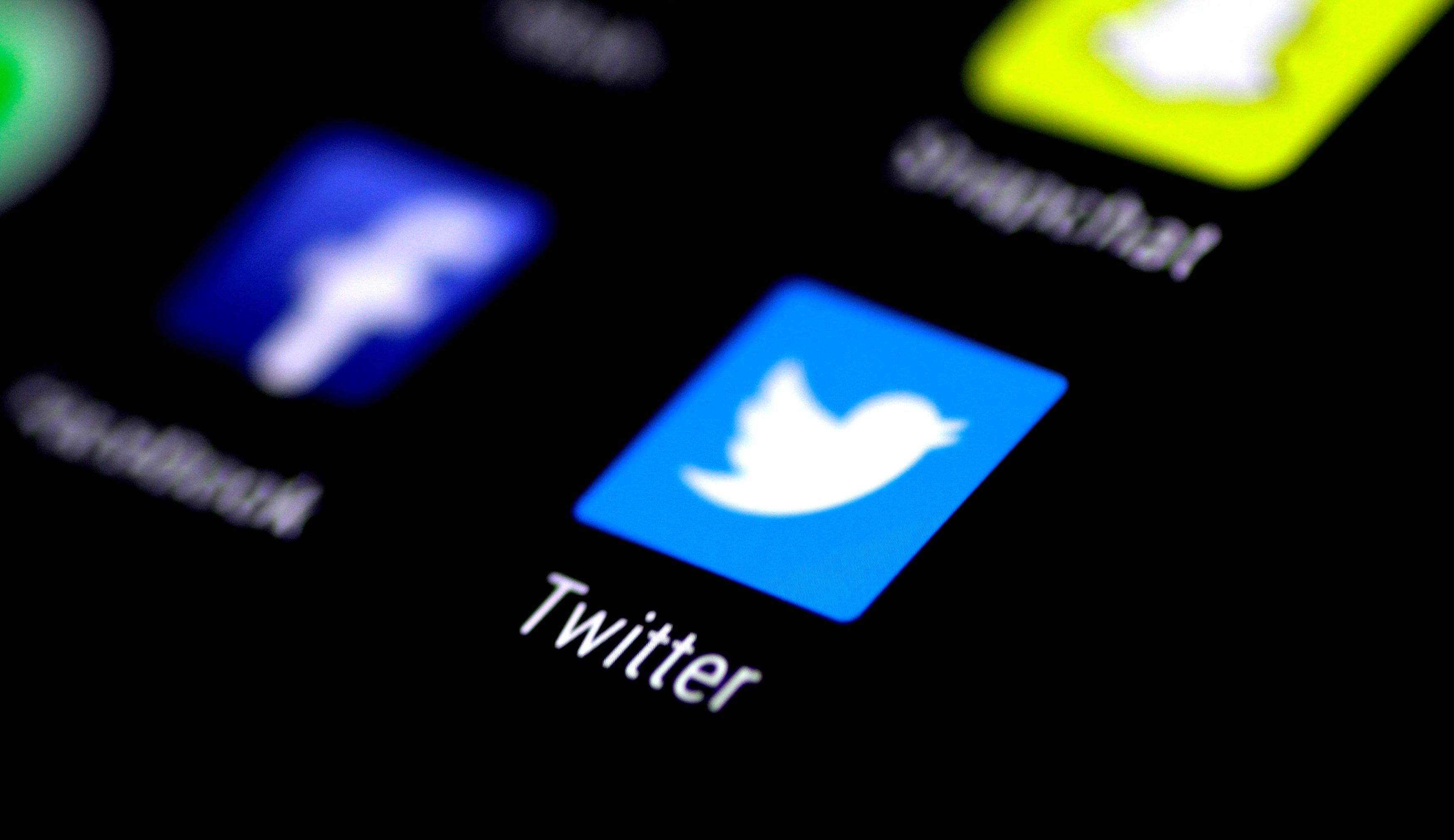 twitter to ban tweets that could help spread coronavirus