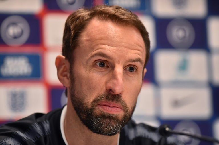 southgate urges england fans to work together to beat virus