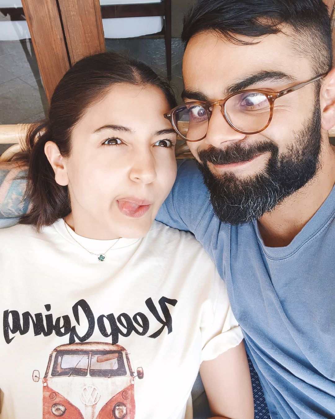 Coronavirus Anushka Sharma Cuts Husband Virat Kohli S Hair The Express Tribune
