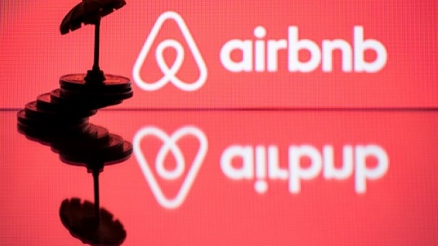 airbnb gets 1b investment for post virus recovery