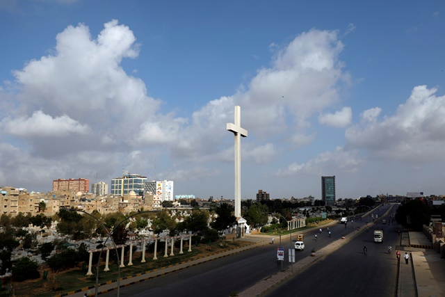 A general view of the Cross is seen with a road with few traffic during a partial lockdown after Pakistan shut all markets, public places and discouraged large gatherings amid an outbreak of coronavirus disease (COVID-19), in Karachi, Pakistan, March 24, 2020. REUTERS/Akhtar Soomro